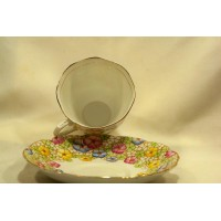 picture-Royal-Albert-Bone-China-cup-saucer-6