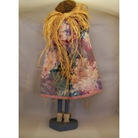 picture-handmade-doll-wood-fabric-stand-5
