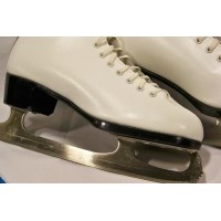 picture-Daoust-leather-ladies-ice-skates-4