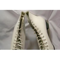picture-Daoust-leather-ladies-ice-skates-8