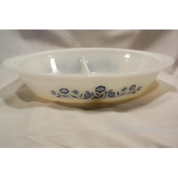 Pyrex divided casserole dish white blue flowers