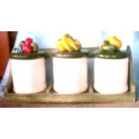 picture-pottery-jars-with-green-lids-3