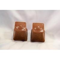 picture-salt-pepper-shakers-brown-ceramic-2