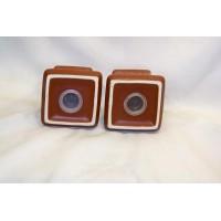 picture-salt-pepper-shakers-brown-ceramic-4