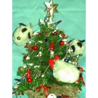 picture-handcrafted-lighted-mini-christmas-tree-5