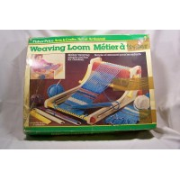 picture-vintage-Fisher-Price-weaving-loom-715-2