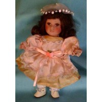 picture-vintage-9-inches-doll-3