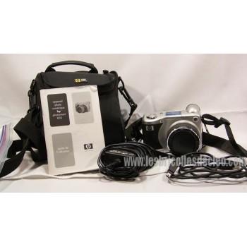 HP PhotoSmart 850 4MP Digital Camera w/ 8x